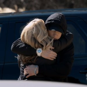 Eminem 'Headlights' Video hugging mother