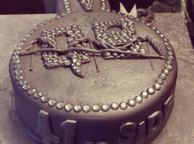 Nas birthday cake