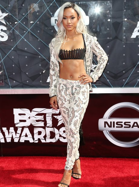 Karrueche Tran BET Awards Red Carpet 2015 7