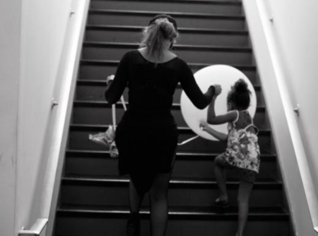Beyonce Blue Ivy Walking Stairs