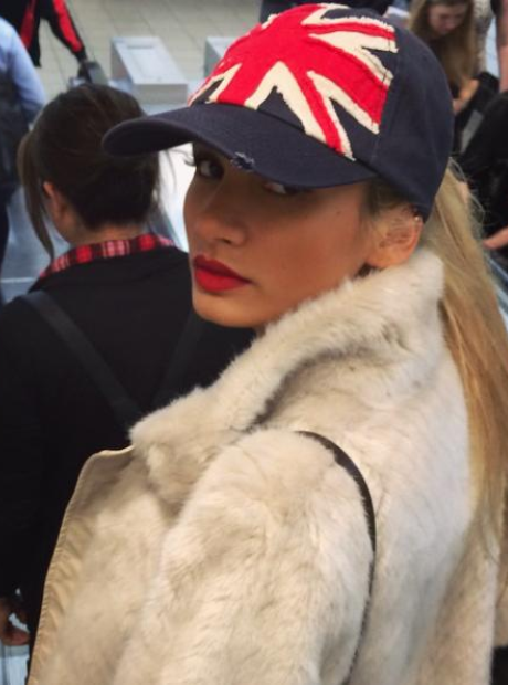 Pia Mia British Hat