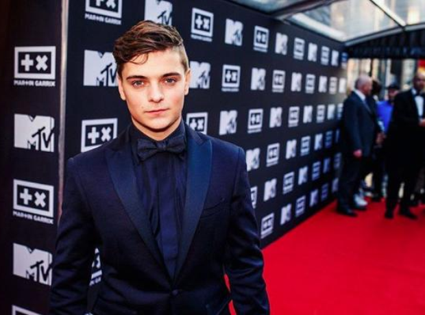 Martin Garrix on red carpet